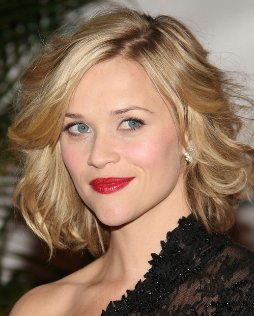 Reese Witherspoon Medium Length Hairstyle