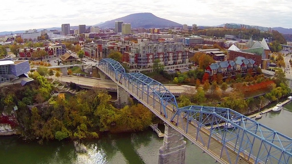 Travel Faces Of Ony US Travel Best Spring Vacation Ideas For Couples Downtown Chattanooga Tennessee