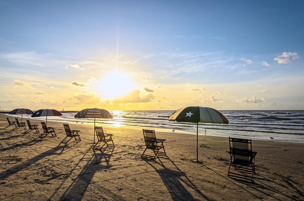 Travel Faces Of Ony US Travel Best Spring Vacation Ideas For Couples Galveston Beach Texas