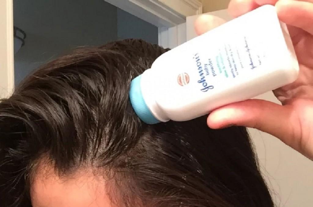 Use Powder As Dry Shampoo