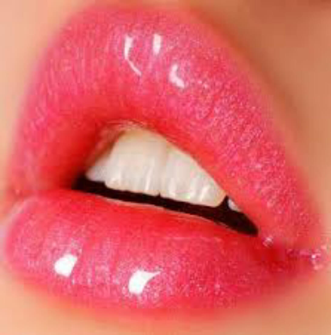 10 Natural Ways To Get Plump Lips Make Your Lips Bigger Lip Gloss Faces Of Ony